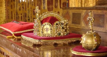 Национални съкровища на Чехия: Карлщейн