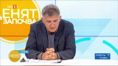 Проф. Н. Младенов: Недопустимо е самолечението с лекарствени препарати, използвани срещу COVID-19