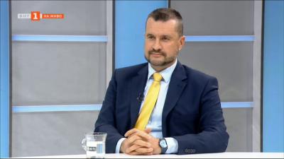 Калоян Методиев: Проблемът в момента е с приложението на мерките, пред закона всички сме равни