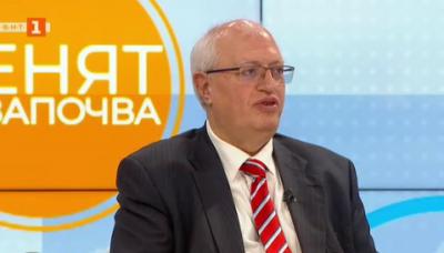 Доц. Спасков: Важно е да има един координационен център, който да препраща пациентите където има свободни места