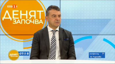 Проф. Иво Петров: Не трябва в никакъв случай да се взимат превантивно никакви медикаменти срещу КОВИД