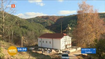 Да възстановиш 100-годишен храм