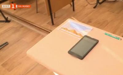 Умни чинове в училище във Варна