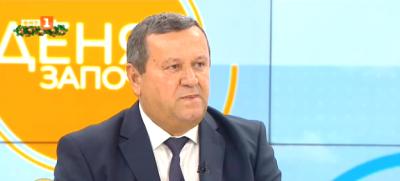 Хасан Адемов: Няма дефинитивно задължение за 300 часа извънреден труд годишно