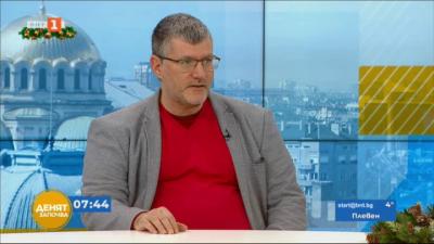 Проф. Момеков: Имунизациите показват ефективност, която не е сравнима с нищо друго досега