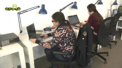 Студенти създадоха първата денонощна библиотека за учене в България