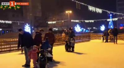 Новата ледена пързалка във Видин