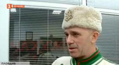 В името на занаята: кожухар от Пловдив шие хайдушки и четнически калпаци