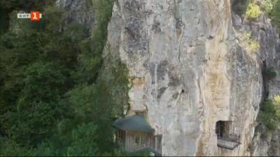 Кой е Свети Йоаким – създателят на 800-годишния Ивановски скален манастир?