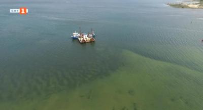 Варненското езеро отново замърсено