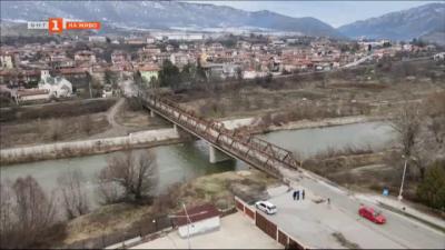 Започва дългоочаквания ремонт на моста в Симитли