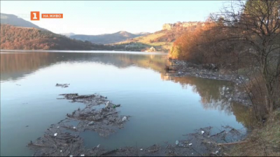 Плаващо сметище в язовир Кърджали
