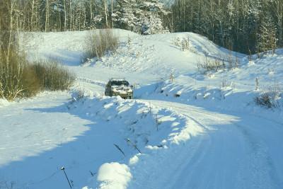 Как да предотвратим колата да се превърне в шейна през зимата?