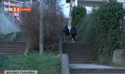 Пропадна стълбище, свързващо няколко улици