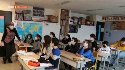 България извън България - на гости на българското училище в Париж