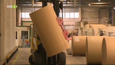 Как се произвеждат хартиени опаковки в най-големия завод за велпапе у нас