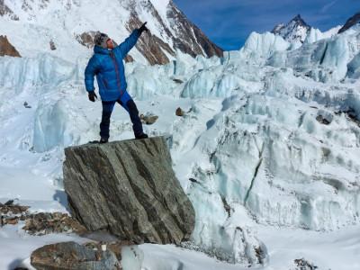 Алпинистите от лагера на Скатов пред БНТ: Последната нощ беше изключително тежка