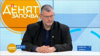 Проф. Момеков: Страничните ефекти се случват скоро след поставяне на ваксинбата, в дългосрочен план не се очакват такива