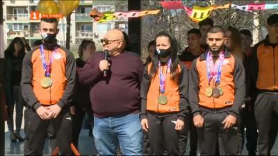 Русе посрещна европейските шампиони по вдигане на тежести