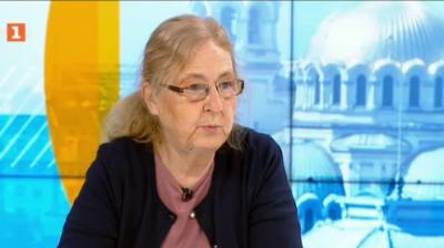Проф. Кожухарова: Крайно време е да престанем с противоречивите послания, ваксинирането е начинът за справяне с епидемията
