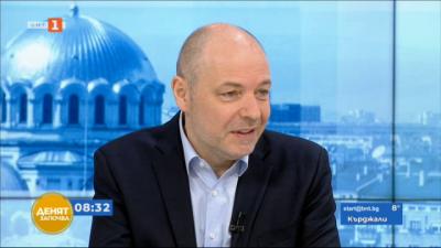 Проф. Николай Габровски: Забавя се нарастването на броя болни, но и данни за спад няма