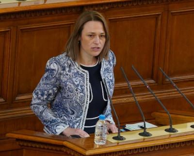 Ива Рупчева: Убедена съм, че ще работим достойно за авторитета на този парламент