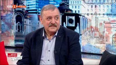 Проф. Тодор Кантарджиев: Имаме ваксини за България и половина
