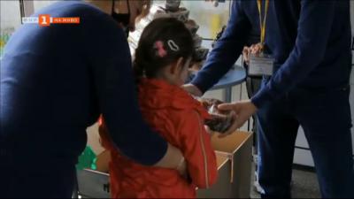 Зърнопроизводители даряват козунаци за Великден на деца в социален дом в Добрич