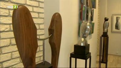 Изложба скулптури на Нина Лишовска в галерия Нюанс