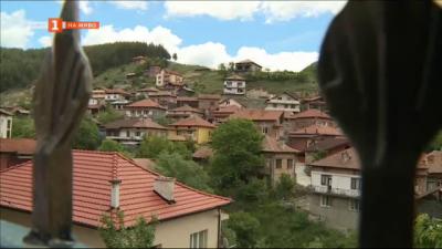 Защо построиха над 100 нови къщи в симитлийското село Долно Осеново