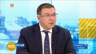 Проф. Ангелов: Промяната в плана за ваксиниране, ще доведе до намаляване броя на имунизираните