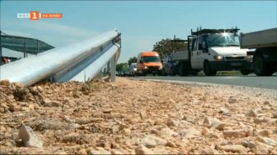 Площадки за аварийно спиране ще има на Околовръстното в Пловдив, мантинелите няма да се махат