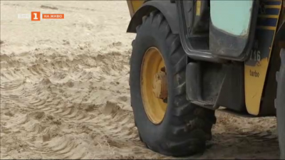 Защо пак има багери на плаж Смокиня?