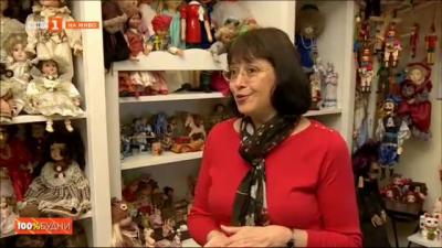 Жени, куклите и феномена Ванга