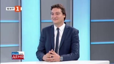 Крум Зарков: Гласуването само с машина в големите секции е логично решение