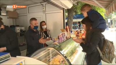 Проверяват качеството на сладоледите в началото на лятото