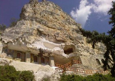 Ивановските скални църкви на 800 години