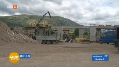 Жителите на Драгоман протестират срещу забавеното изграждане на мост на АМ Европа