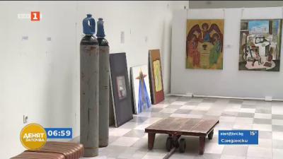 Спасяване на икони и картини в Русе