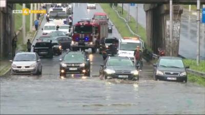 Какви са последствията от проливния дъжд в Русе?