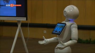 Роботи помагат на учениците да учат уроците си по интерактивен начин