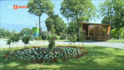 Новият градски парк в Петрич тъне в постоянна разруха