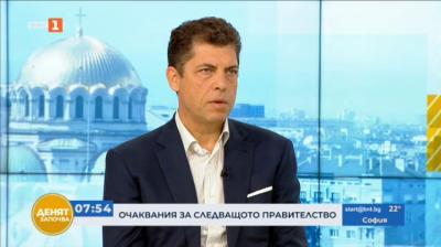 Милен Велчев категорично отрече твърденията за зависимости на членове на проектокабинета