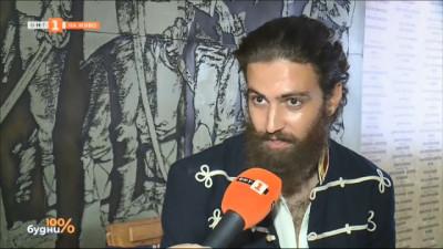 Деян Жеков в ролята на Ботев