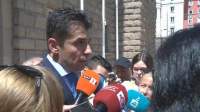 Министър Кирил Петков: Не можем да подчиняваме кой е българин и кой не на базата на административни актове
