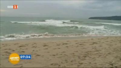 По-малко спасители и медицински екипи по плажовете ни през септември