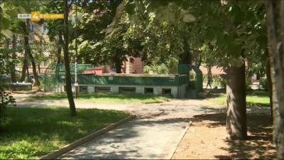 Цял град без обществени санитарни помещения