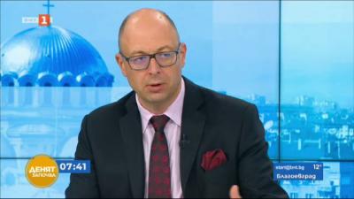 Йордан Божилов: Преминаването на отговорността за оградата на границата към МВР е правилно