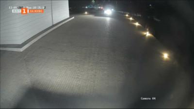 Вандали потрошиха 17 лампи около Пантеона в Русе