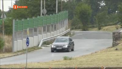 Ефективни ли са шумоизолиращите стени на пътя?